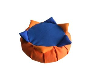 Zafu para niños naranja con 6 picos de colores