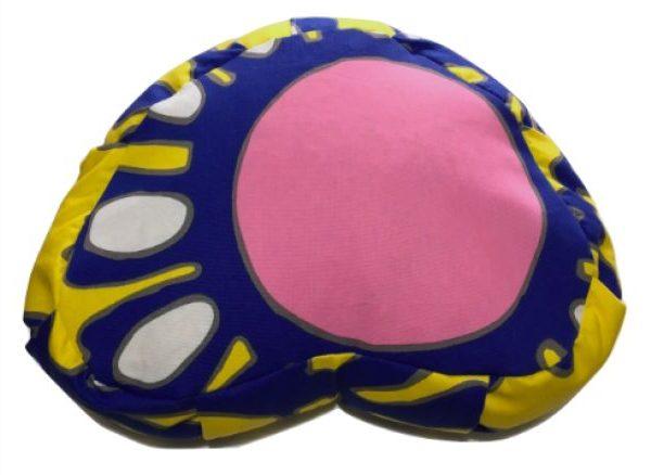Zafú de colores azul y amarillo con círculo rosa