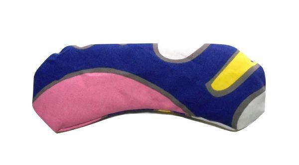 Almohadilla para los ojos de colores azules, rosas y amarillos