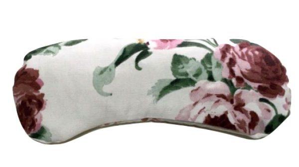 Almohadilla para los ojos blanca con flores románticas