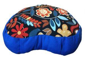 Zafu Eco Espelta azul y corazon negro con flores